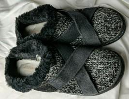 J Sport by Jambu Graham Faux Fur Lines Slides Black / Gray  Shoes Size 8.5 M - $18.55