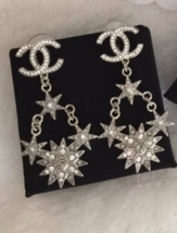 AUTHENTIC CHANEL 2015 CC LOGO STAR CRYSTAL DANGLE EARRINGS SILVER RARE image 3