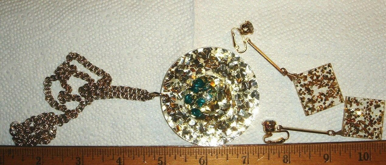 VTG GLITTER SPARKLE CONFETTI LUCITE CLAMPER BRACELET NECKLACE DANGLE EARRING SET