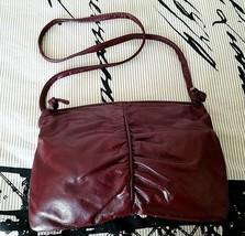 VINTAGE Red Oxblood Leather Handbag Shoulder Bag Purse RETRO 1970's - $6.95