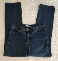 Levi's 512 Perfectly Slimming Straight Leg Distressed Jeans Size 10 M (28 x 28)  - $14.95