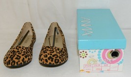 Anna Truman 1 Loepard Print Suede Womens Flats Size 6 And Half image 1