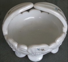Beautiful Vintage Westmoreland Glass Company Milk Glass Basket Bows & Roses VGC - $16.82
