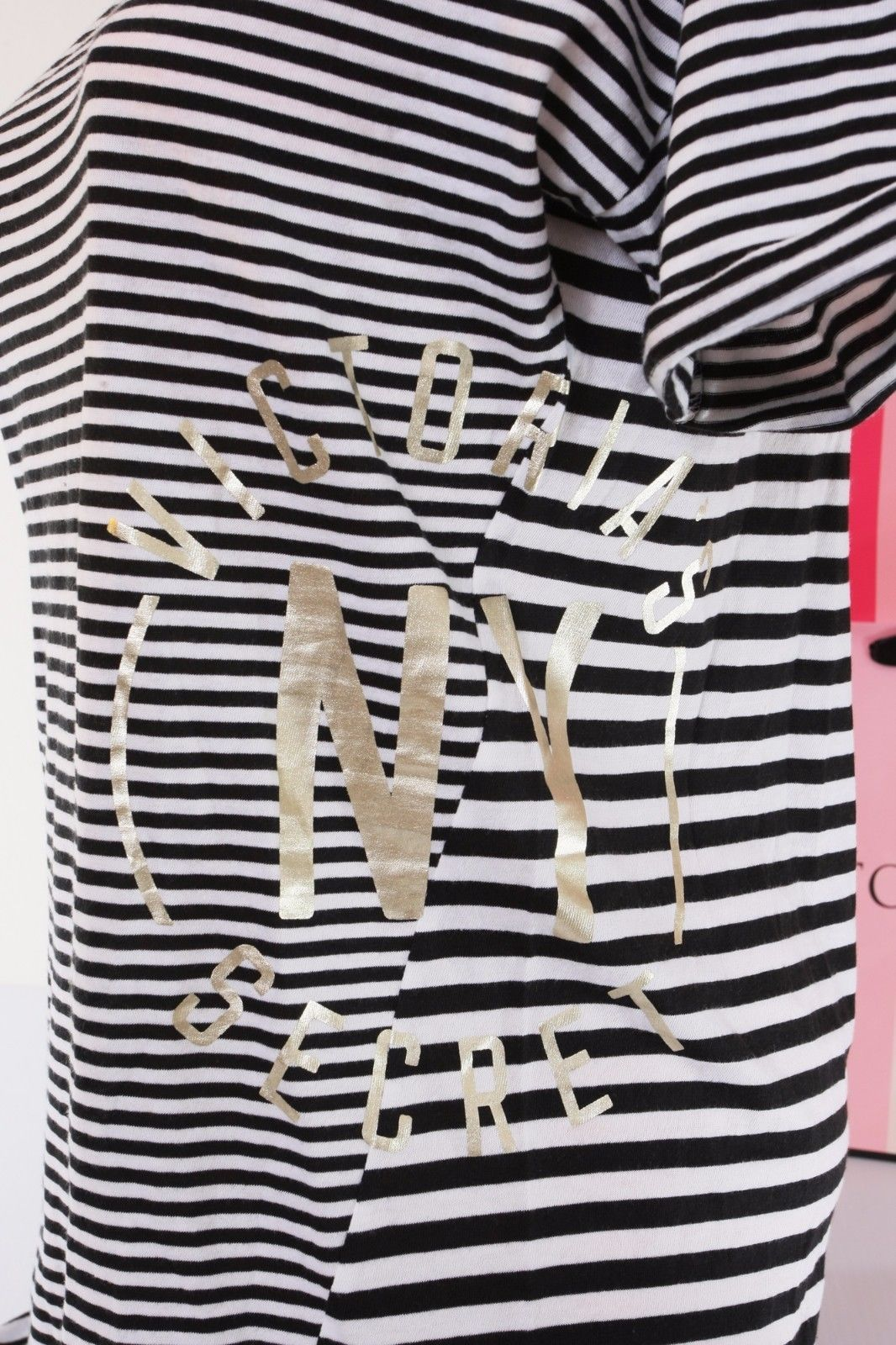 ~Victoria's Secret NY VS Goldtone Logo Print Pajama T-Shirt Sleepshirt ~S Small~