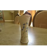 "VINTAGE CLASSIC LENOX BONE CHINA  BUD VASE 5""H BLUE BUTTERCUPS  - $9.85"