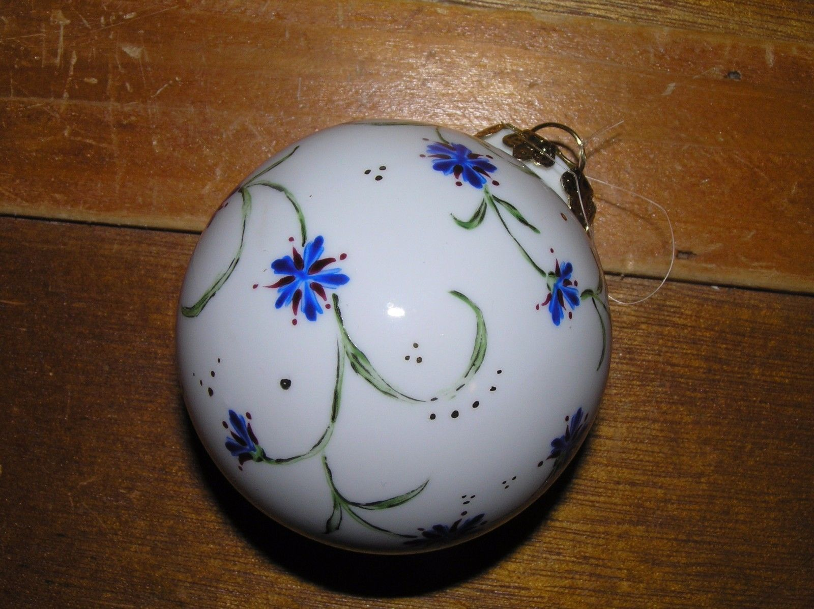 Vintage Hand Painted w Blue Flower Vine White Porcelain Christmas Tree Ball