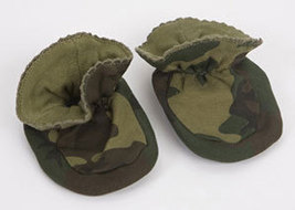 Green Camo Baby Booties Size 0-9 Months - $10.00