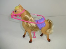 USED  2012 Skipper's Tan Plastic Horse Mattel Y7554 with attached Saddle... - $21.11