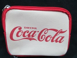 Coca-Cola Cream and Red Zippered Coin Purse Wallet   - BRAND NEW - $12.38