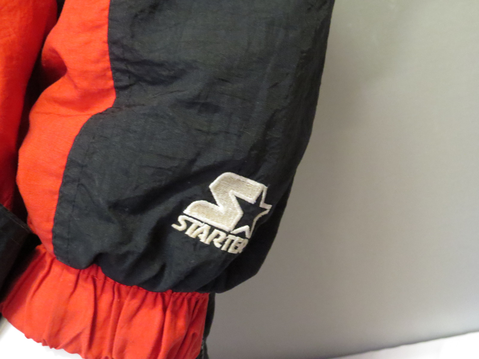 Calgary Stampeders Puffy Pullover Jacket By Starter Two