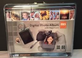 INNOVAGE DIGITAL PHOTO ALBUM with KEYCHAIN New Gift - $7.70