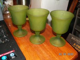 """3 VINTAGE GREEN SATIN HARVEST GRAPE 5 1/4"""" GOBL... - $9.95"""