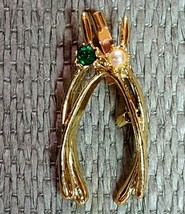 Jerrys Gold Tone Wishbone Brooch pearl bead May rhinestone emerald s32pb26bx1-22 - $5.92