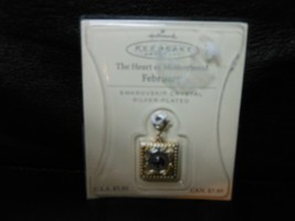 "Hallmark Keepsake ""Heart Of Motherhood - February"" Swarovski Pendant 200... - $1.24"
