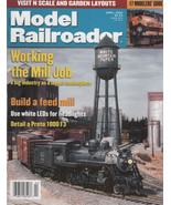 Model Railroader Magazine April 2000  N Scale and Garden Layouts - $2.50