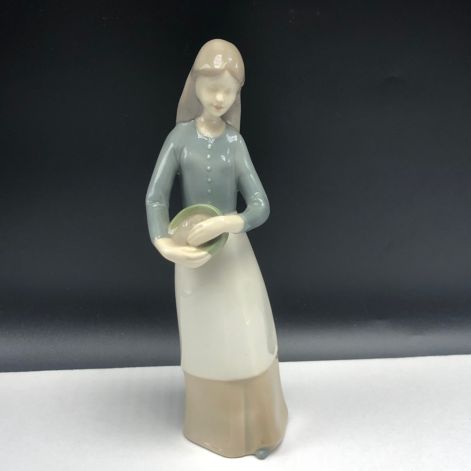 Primary image for VINTAGE PORCELAIN SPAIN FIGURINE statue sculpture eagle crown mark pottery maid