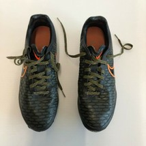 Nike Men's Size 8 Green Soccer Running Shoes - $28.69
