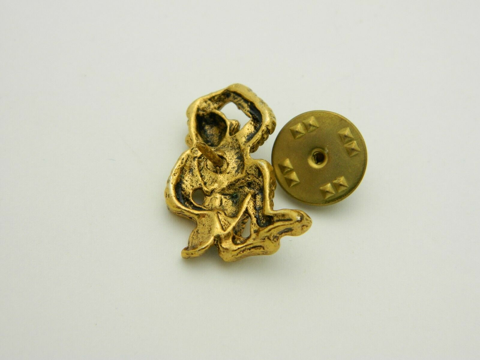 Monkey Scratching His Head Pondering Gold Tone Tie Tack Vintage image 4
