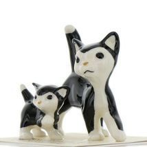 Hagen Renaker Cat Black and White Tuxedo Papa and Kitten Ceramic Figurines image 3