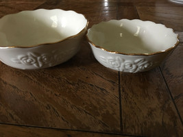 Set of Two Lenox Bowls Ruffled Edge Floral Design 5.5 in / 4.5 in - $29.44