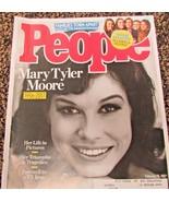 February 15, 2017 People Magazine Mary Tyler Moore Duggar Daughters - $2.50
