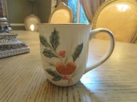 "Lenox China Holiday Large Coffee Mug Holly Berry & Nut Ivory W/GOLD Rim 4""H - $9.85"