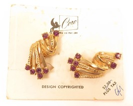 Vintage Carded Pegasus CORO Signed Rhinestone Gold Plated Clip-On Earrin... - $22.76
