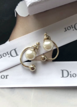 Authentic Christian Dior Mise En Dior Pearl CD Logo Earrings Gold Mint image 2
