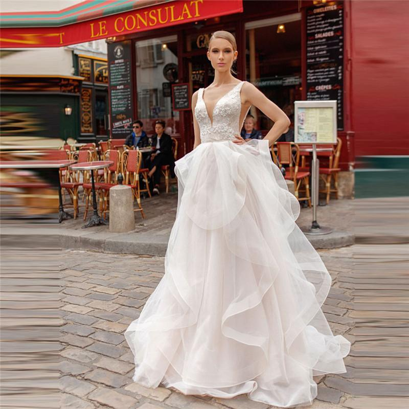 Sexy v neck lace appliques top wedding dresses garden bridal gowns spring garden ladies robe de