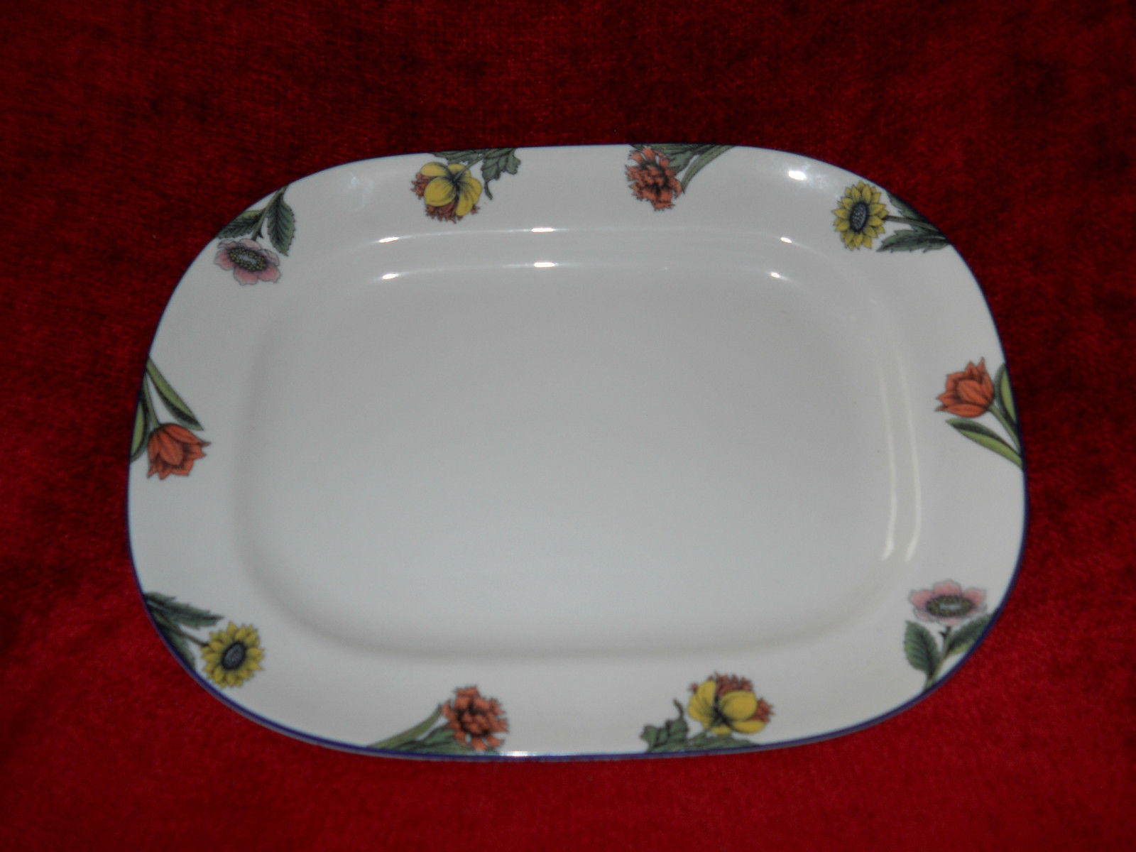 Primary image for Rorstrand Linnea oval serving platter 12 1/4""