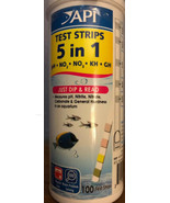 Api 5-in-1 Test Strips 100 Count For Freshwater And Saltwater - $23.21