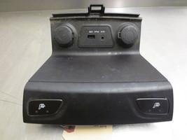 GSI814 Seat Heat Switch Usb Auxiliary Input 2011 Hyundai Tucson 2.4 933102S100 - $35.00