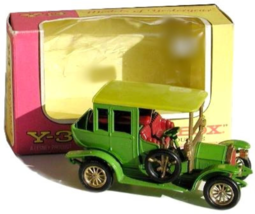 An item in the Toys & Hobbies category: Matchbox Models of Yesteryear Y-3 1910 Benz Limousine in Box
