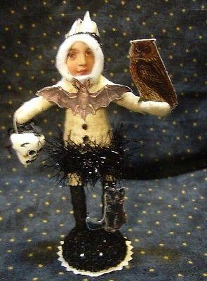 Vintage Inspired Spun Cotton Halloween Owl Tamer