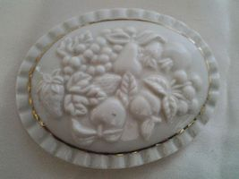 Lenox Fruits Of Life Trinket Box Oval Fine China Gold Trim Lid 1998 - $9.99
