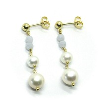 18K YELLOW GOLD PENDANT EARRINGS, WITH FW PEARLS AND CHALCEDONY image 2