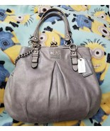 GUC COACH #16351 GREY GREEN LEATHER MADISON FRAMED CARRYALL CHAIN+KISS LOCK - $148.50