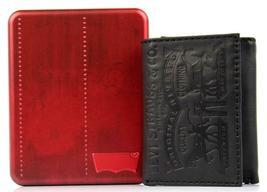 Levi's Men's Coated Leather Credit Card Trifold Wallet Embossed Logo Black image 7
