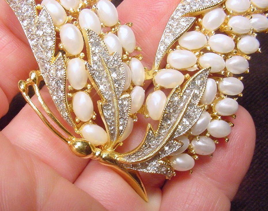 RARE, Vintage Crown Trifari© Enchantment Butterfly Faux Pearl Rhinestone Brooch