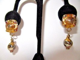 Stylish Vintage 1980'S Mixed Metal Pierced Earrings Drop Carved Dangles - $15.00