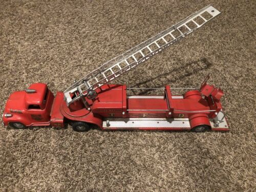 Primary image for Vintage 1950's Tonka TFD Fire Truck No. 5 Hook & Ladder Toy