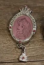 Disney Hkdl Princesse Jeweled Camée pendant Broche Aurore Belle au Bois ... - $9.82