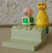 FPLP Fisher Price Little People Play Family Sesame Street Counter Hooper B Bird - $11.87