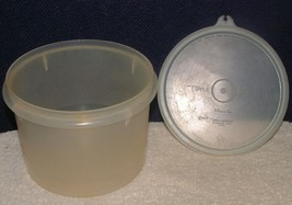 VTG TUPPERWARE 263 Sheer Econo Canister Textured Surface 238 Millionaire Seal - $4.94