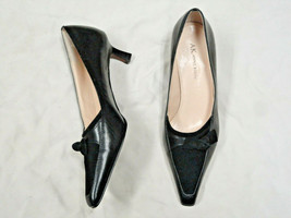 AK Anne Klein leather and suede black shoe   Size 7   Bow Accent - $18.98
