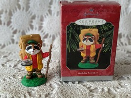 Hallmark Keepsake Holiday Camper Christmas Ornament 1998 - $7.75