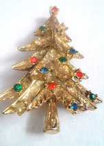 Vintage Christmas Tree Red Green Blue Clear Rhinestone Gold Tone Pin Brooch - $7.57 CAD