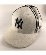 New Era 59 Fifty New York Yankees Fitted Hat Raised Pattern Size 7 1/8 - $25.73
