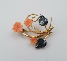 "Lovely Vintage Pink Flower & Metallic Leaf Pin Brooch 1 1/2"" x 1 1/4"" - $12.86"