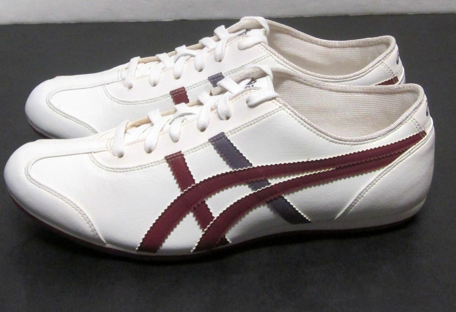 ASICS AYAME WOMEN'S (7.5) WHITE LOW SYNTHETIC LEATHER ATHLETIC SNEAKERS NWOB